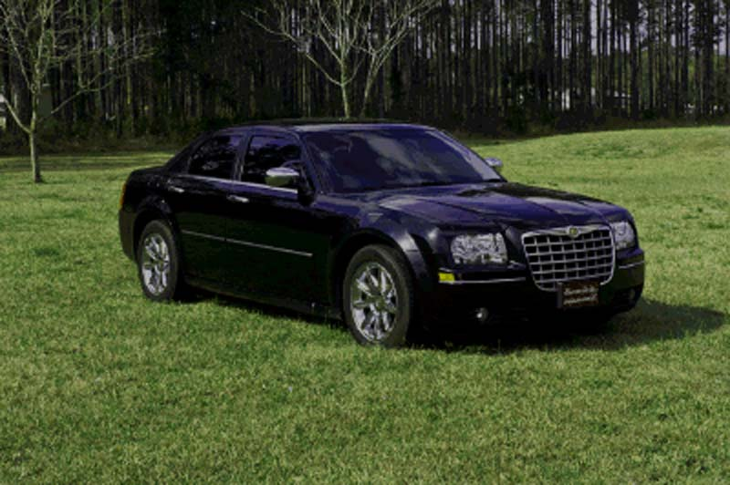 Chrysler 300 Airport Transportation